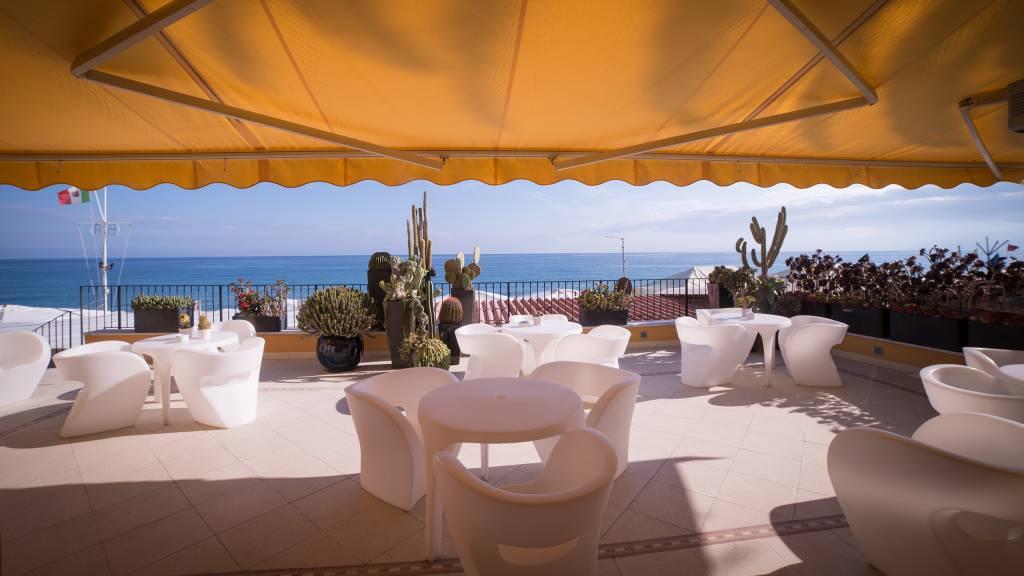 Hotel-Albatros-Varigotti-01-50hotel