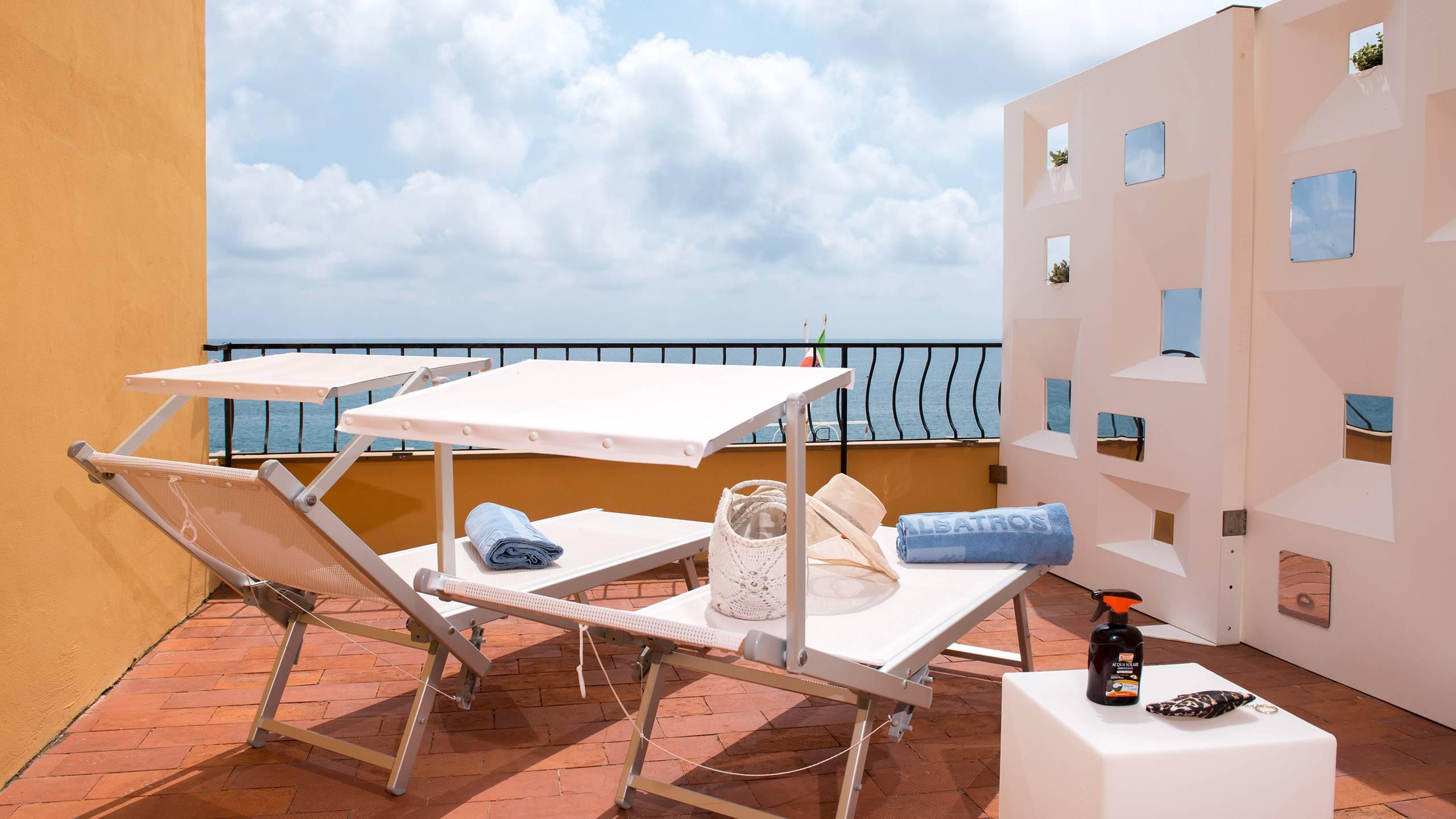 Hotel-Albatros-Varigotti-01-68camere