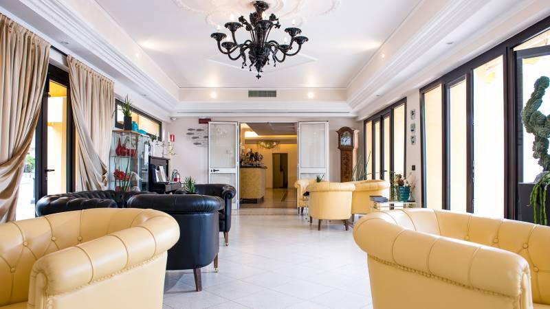 Hotel-Albatros-Varigotti-01-17hotel