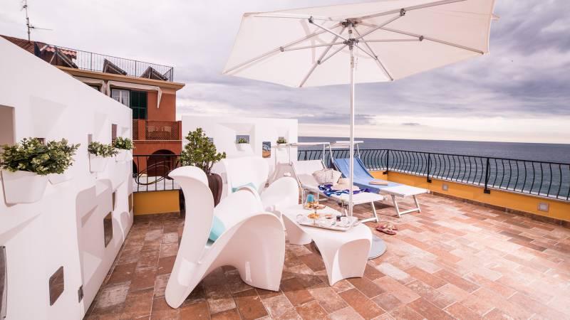 Hotel-Albatros-Varigotti-01-19hotel