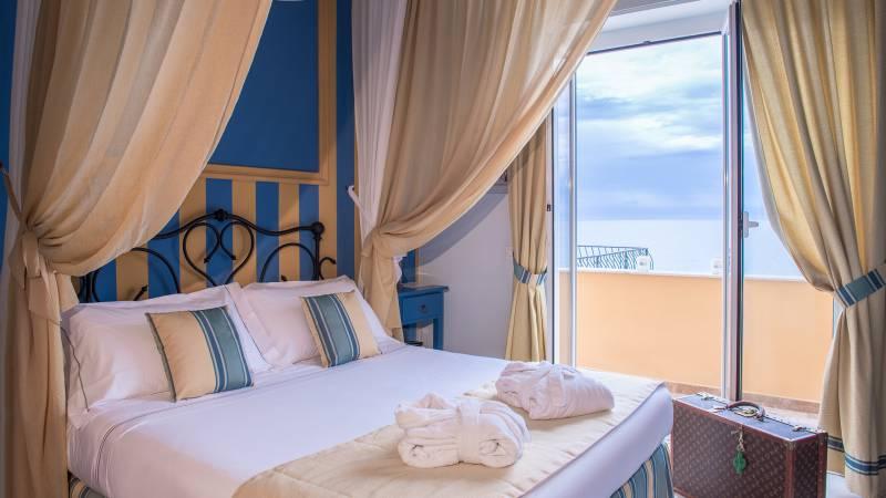 Hotel-Albatros-Varigotti-01-25camere